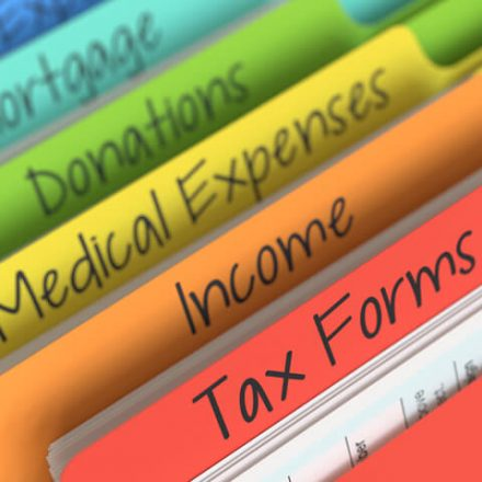 WHAT SENIOR CITIZENS SHOULD CONSIDER WHILE MAKING TAX-SAVING INVESTMENTS