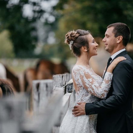 6 Tips to Finance Your Wedding in 2021
